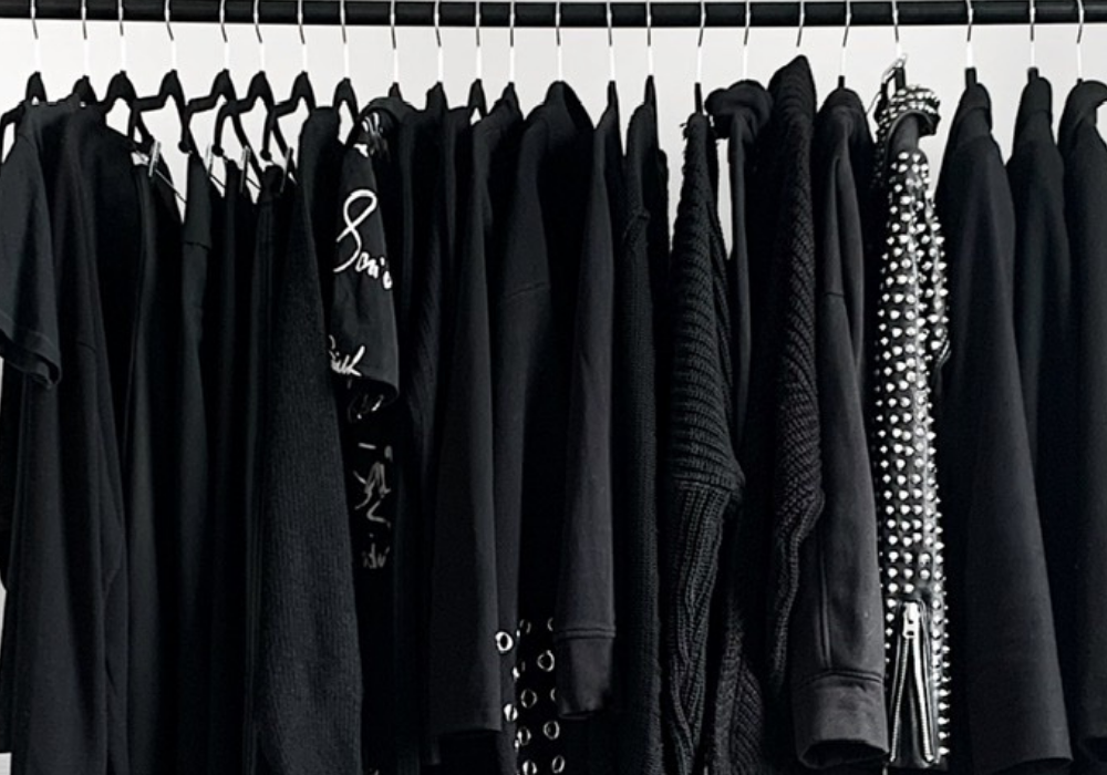 medo de usar cor no guarda roupa preto